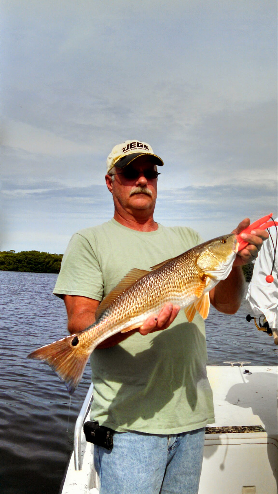 Redfish 6 captain aaron lowman for Anna maria island fishing